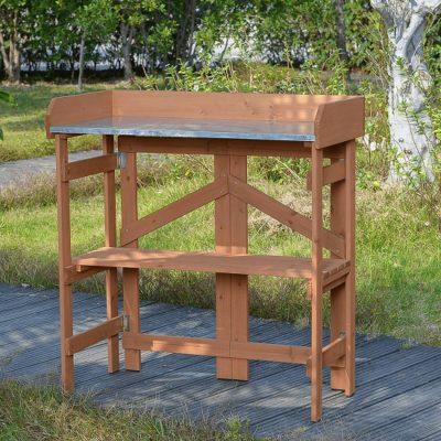 Kerti előkészítő fa asztalka